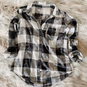 Hollister - Soft Black & White Acid Washed Flannel